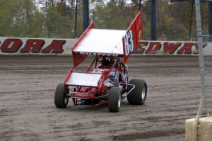 Tim Shaffer brings his no.83 machine into the pits after a hotlap session at Eldora Speedway