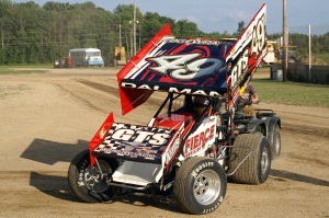 Dalman prepares to warm up his no.49T machine on a sunny Saturday night at CMS.