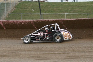 Jerry Coons Jr. stayed on-track to pick up the 4th and Final Crown of the weekend.